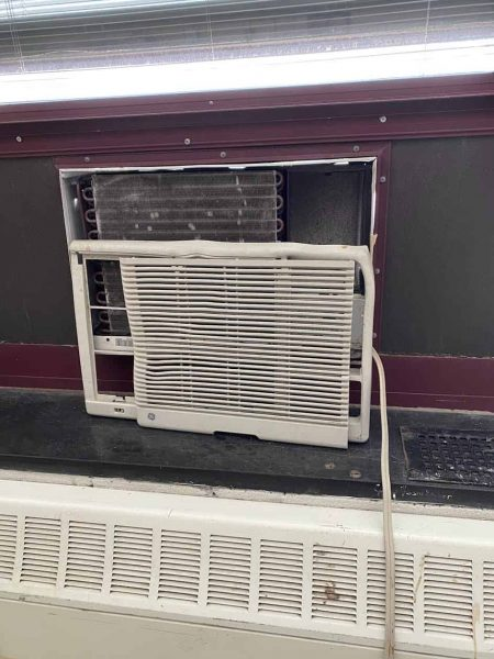 JFK-broken-air-conditioner-no-filter